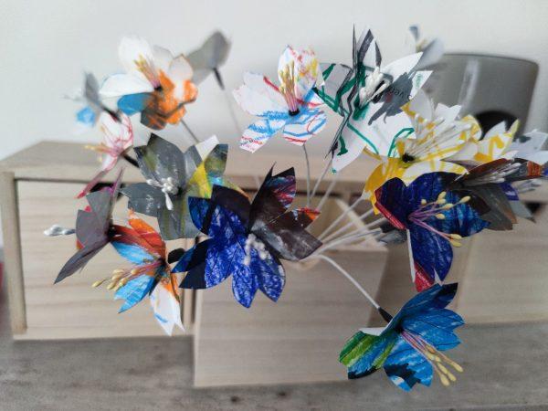 bouquet de fleurs dessins d'enfants